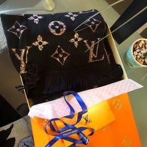 Double side Louis Vuitton scarf